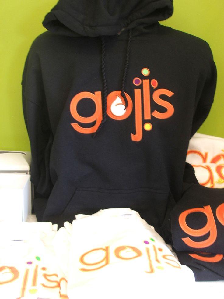 hoodies & T's