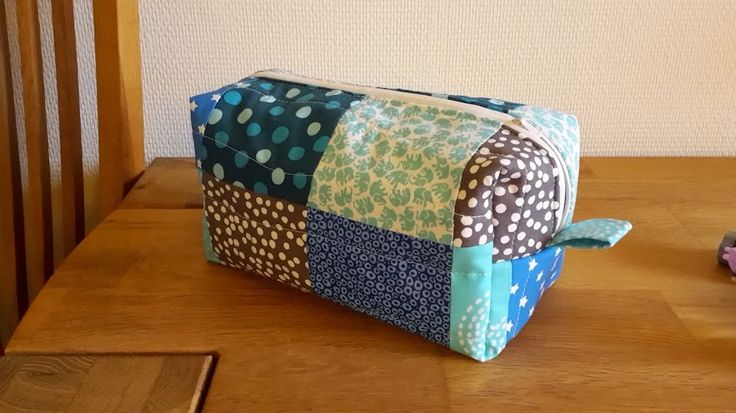 Matching box to Louis quilt