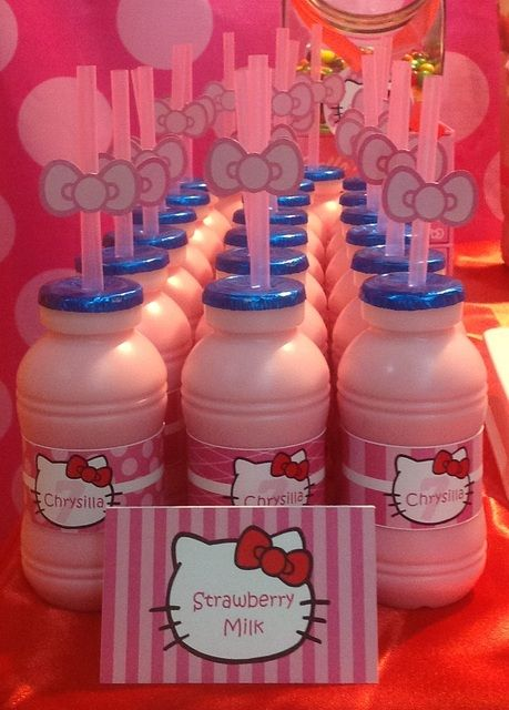 Strawberry milk at a Hello Kitty Party #hellokitty #partydrinks