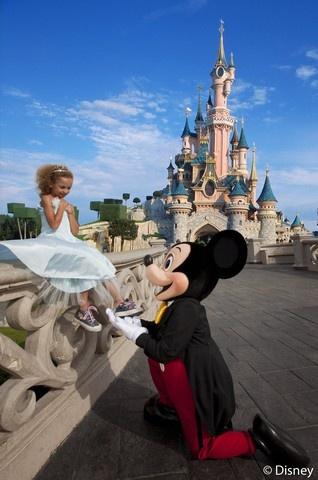 Het kasteel van Doornroosje – Disneyland® Park