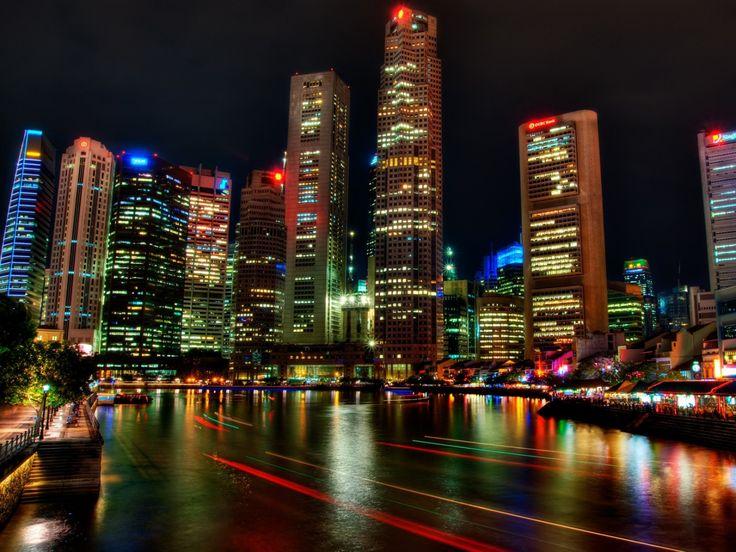 La combinazione di moderni edifici e culture differenti rendono Singapore una meta davvero suggestiva.