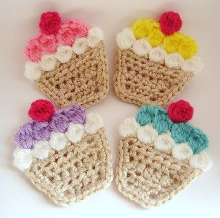 Applique Cupcakes. @ DIY Home Cuteness                                                                                                                                                                                 Mais