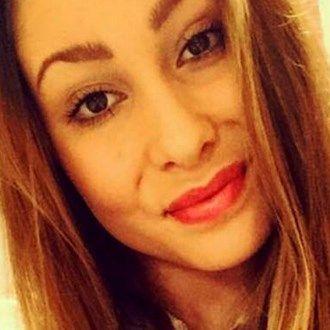 Orrore online: 15enne al settimo mese abortisce in casa e posta le foto su Facebook