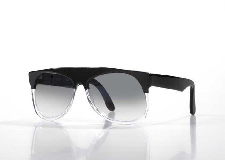 MOGADISHU - Black Crystal with Dark Grey Gradient Photochromic lenses