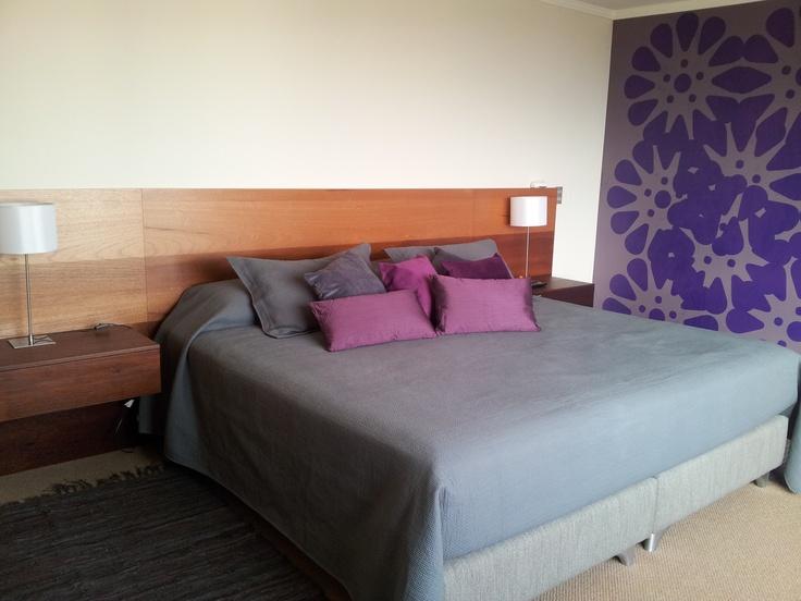 Que buen Respaldo de cama..gran diseño de Altura Gestion