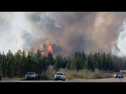 Fort McMurray fire: Syncrude shuts down operations at 2 sites