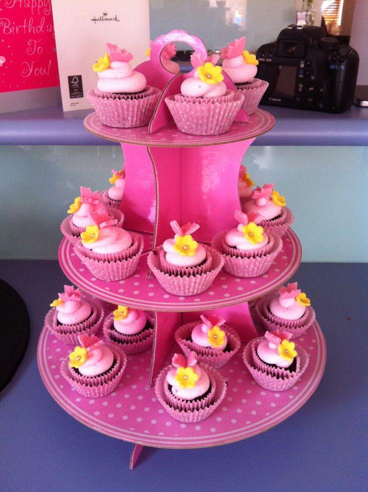 Redvelvet butterfly cupcakes