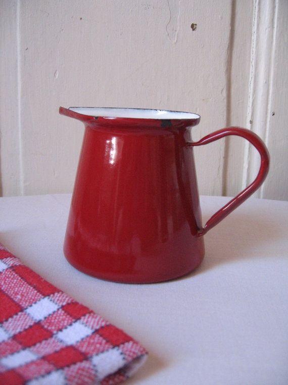 Ancien pot lait en m tal maill rouge cr mier broc en mail r tro pe - Deco campagne francaise ...