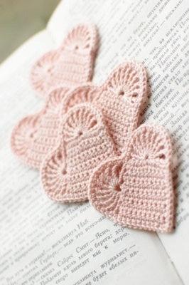 Crochet heart bookmark