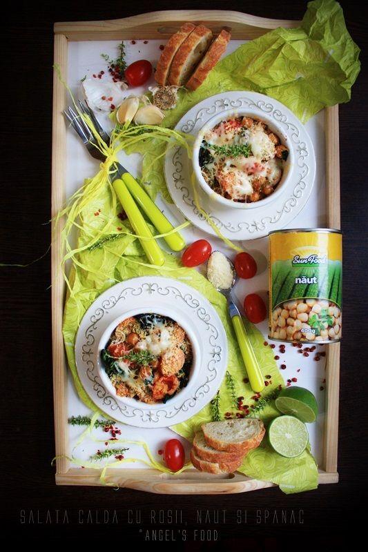 Salata calda cu rosii, naut si spanac