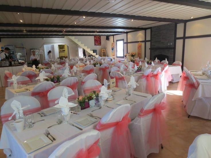 Mariage rose sur blanc