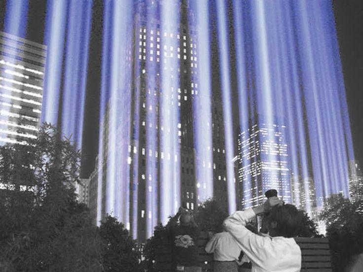 WTC 911 Tribute ofLightst - close up  it looks like,  wow , many..mulltiple light beams... New York City