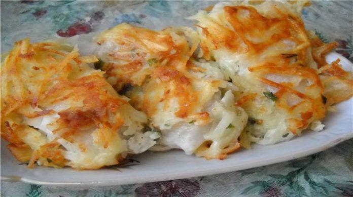 А у меня еще очень вкусный праздничный рецепт жареной рыбы под тертой картошкой — настоящее ресторанное блюдо! Поджаристый, хрустящий, как чипсы, картофель — и нежная, сочная, мясистая рыба внутри. …
