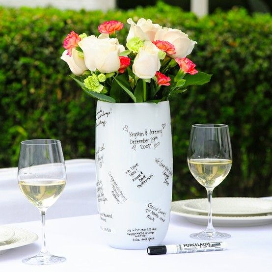 Signature  - I love this vase I want to get this for my rehearsal dinner.