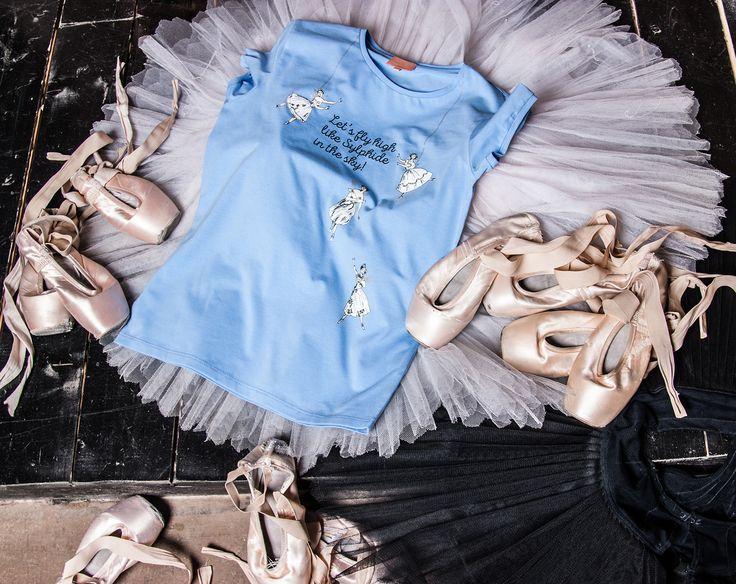 Пуанты, пачки и сильфиды никогда не бывают лишними! Фото Карины Житковой  Pointe shoes, tutus and sylphs are never excess! Photo by Karina Zhitkova #balletmaniacs #balletwear #tutu #pointeshoes #lasylphide #fashion #fridadaymood #dancewear #ballerinas #russianballet