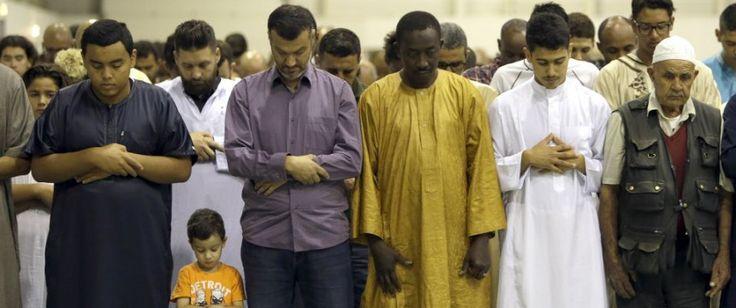 WASHINGTON. Der Anteil der Moslems an der deutschen Bevölkerung könnte sich laut einer US-Studie bis zum Jahr 2050 mehr als verdreifachen. Sollte die Zuwanderung auf dem Niveau der Jahre 2014 bis 2016 bleiben, würde jede fünfte Person in Deutschland moslemisch sein, heißt es in der Statistik de...