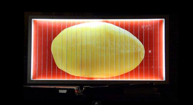 Le panneau d'affichage qui transforme des pommes de terre en frites http://iletaitunepub.fr/2014/01/15/le-panneau-daffichage-qui-transforme-des-pommes-de-terre-en-frites/?utm_content=buffer2169b&utm_medium=social&utm_source=facebook.com&utm_campaign=buffer