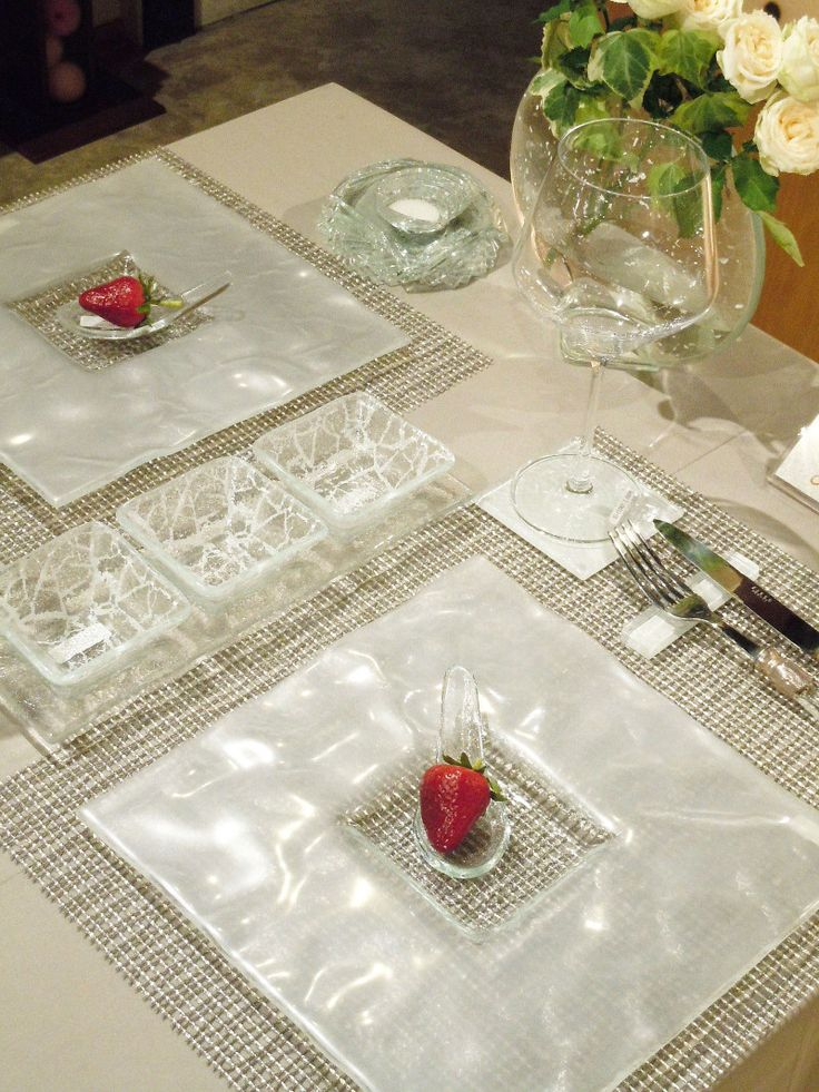 17 best images about white dinnerware on pinterest Dinner table setting pictures