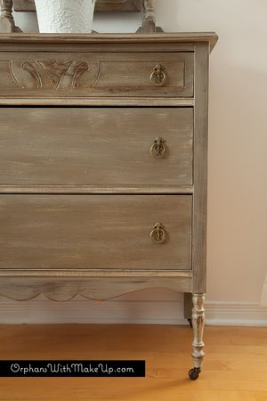 Anne Sloan's Chalk Paint- cocoa and country grey