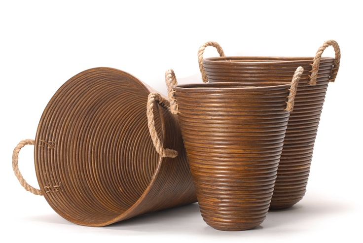 rattan basket Antique Brown // Καλάθι καφέ στρογγυλό κωνικό από rattan http://www.nicknack.gr/product/kalathi_kafe_stroggilo_koniko_rattan_kal_026686/b2c_baskets