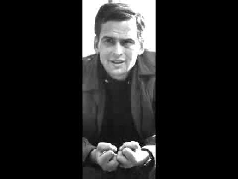 Latinovits Zoltán - Walesi bárdok (Arany János) - YouTube