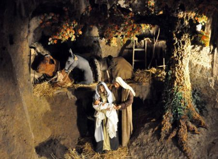Dal 23 dicembre 2015 al 10 gennaio 2016 a #Orvieto è in programma la XXVII edizione del Presepe nel Pozzo, tradizionale presepio-evento sotterraneo del Complesso Archeologico Pozzo Della Cava.