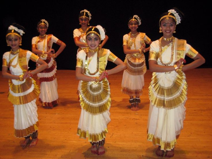 Undiscovered Indian Treasures: Mohiniyattam: Dance of the Enchantress