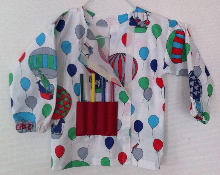 blouse enfant pour faire de la peinture réalisée en coton enduit Cirque Bleu par octavie-aparis.com