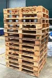 Heavy-duty-48x40-standard-size-4-way-wooden-Pallets-good-condition-2-inc-VAT