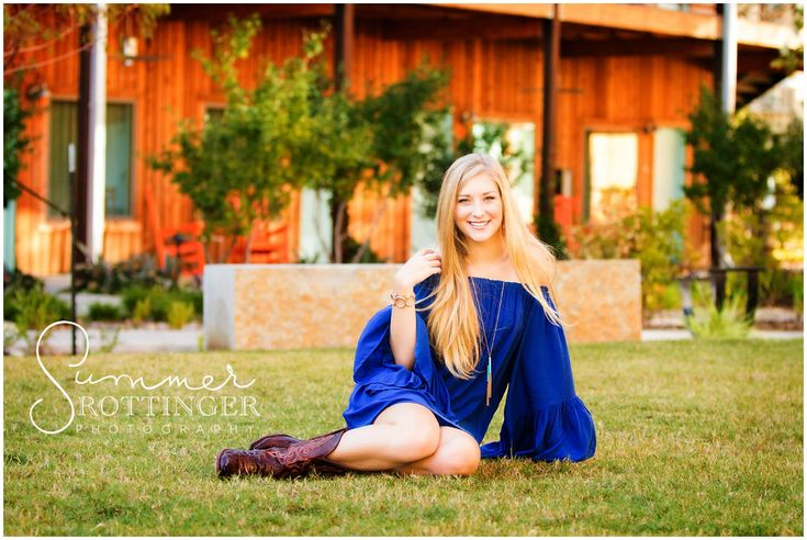 Meet Lauren, the Westlake High School senior from the Class of 2015 who kicked off Octoberat Summer Rottinger Photography. Lauren's session was characterized by gorgeous color EVERYWHERE and a stunning inner modelthat came out in full force during her senior pictures. Lauren chose a trendy…