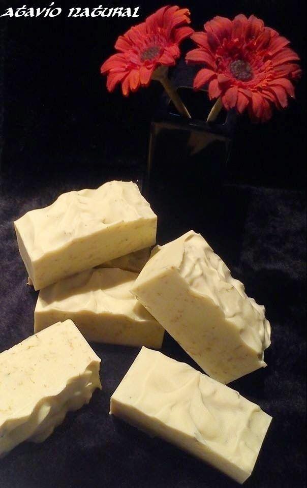 Jabón de Calendula y leche de Avena. Ideal para pieles atópicas y sensibles.