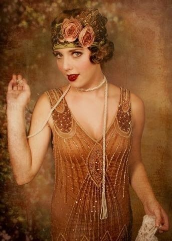 MATIN LUMINEUX Années folles 1920 Robe années folles