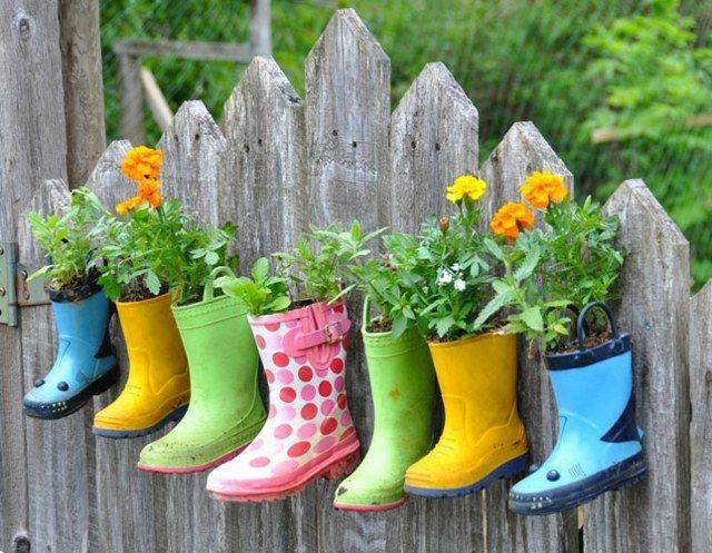 Alter Regen der ursprünglichen Ideen des Frühlingsgartenbalkons