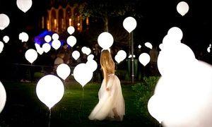 Groupon - Pack de 3, 6 o 9 globos LED de color blanco. Precio Groupon: 2,99€