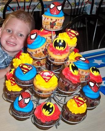 Cakes By Nichole: Super Hero Cupcakes