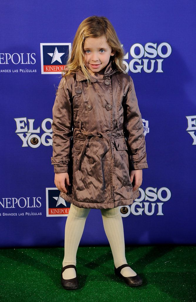 """2011 Spanish actress Patricia Arbues attends """"El Oso Yogui"""" premiere at Kinepolis Cinema on February 12, 2011 in Madrid, Spain."""