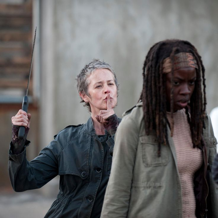 Whaaaat?! No, Carol! That's it, I'm never browsing Walking Dead online, again. I wish they'd let us block spoilers on Pinterest already, come on.