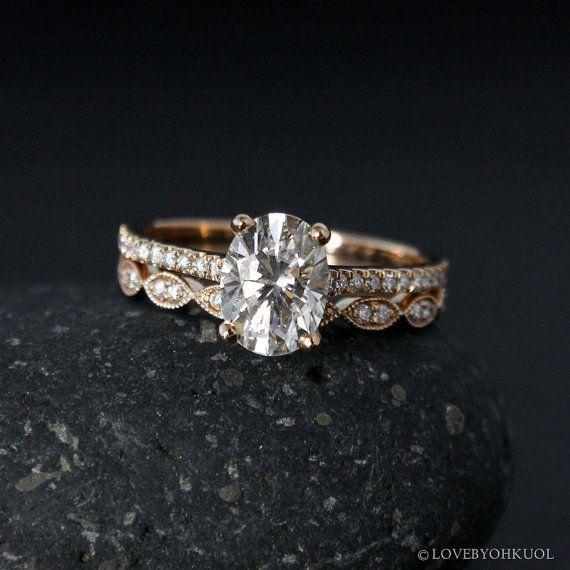 Rose Gold Oval Moissanite Engagement Ring & door lovebyohkuol