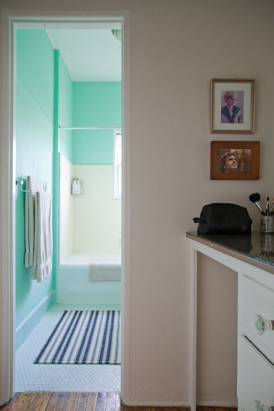 apartment therapy bathroom colors. paint colors that match this apartment therapy photo: sw 6258 tricorn black, 9183 bathroom