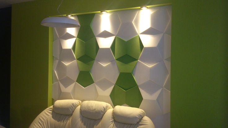 Fluffo, Fabryka Miękkich Ścian - ściana Fluffo w salonie, pokoju dziennym, jadalni - Zizi Studio Projektowanie Wnętrz.