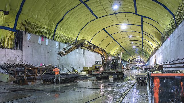 Interesting article: A new NYC subway grows under 2nd Ave. (Project underway. Started in 1920!)