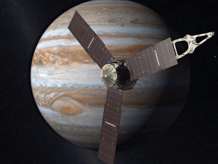 NASA's $1 billion Jupiter probe has taken more stunning new images of the gas giant