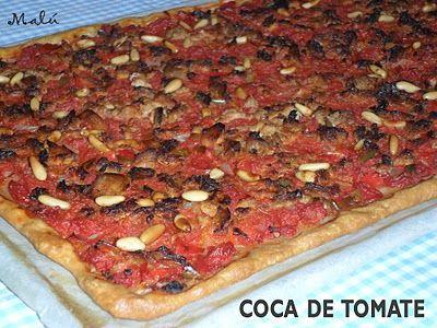 COCINANDO Y JUGANDO ENTRE HARINA: COCA DE TOMATE