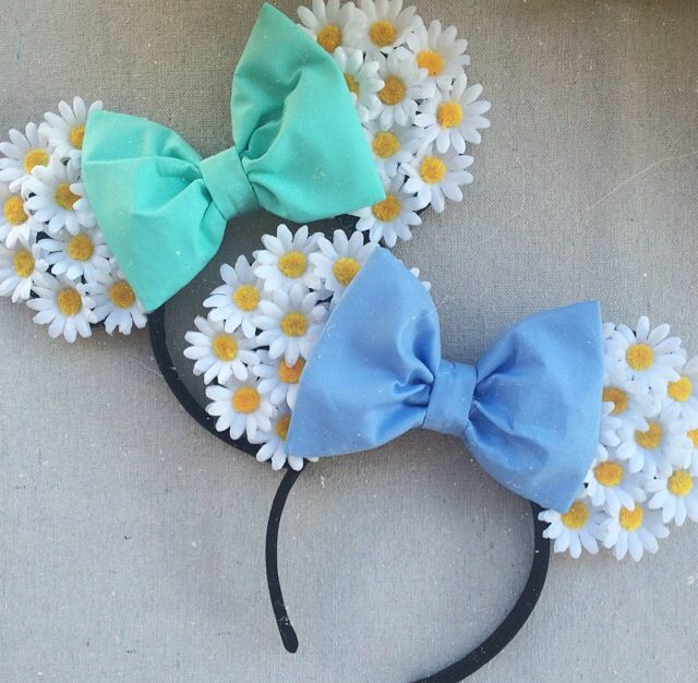 Handmade floral ears  White daisy flowers  One size fits all  <3