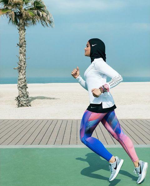 Nike puts lightweight sports hijab on the market - Canadian Running Magazine