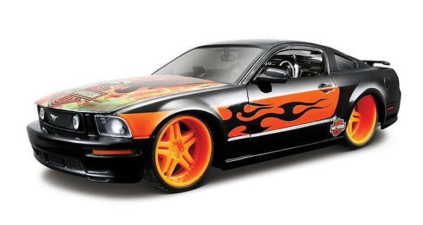 Cars - MAISTO - 32169BKOR - 2006 Ford Mustang GT in Gloss Black with Orange Ri