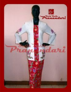 Kebaya Dobi Bev Aplikasi Batik Cirebon