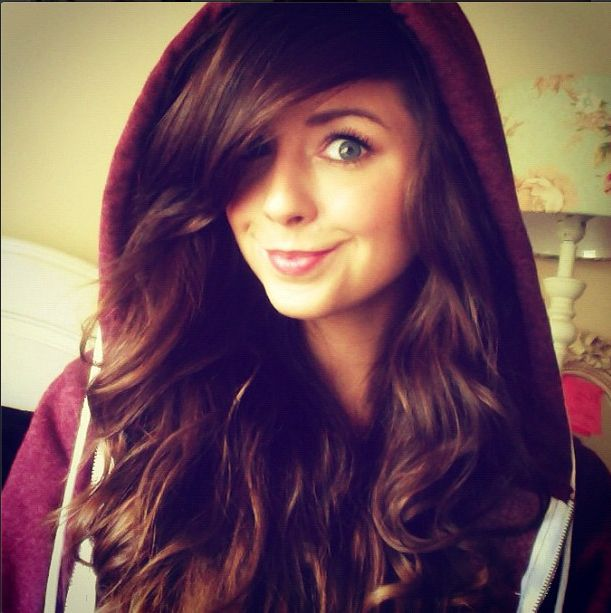 I seriously want her hair!! This life is just unfair sometimes :/
