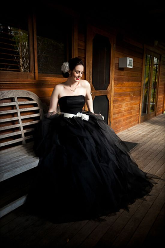 1000+ ideas about Black Wedding Gowns on Pinterest | Black ...