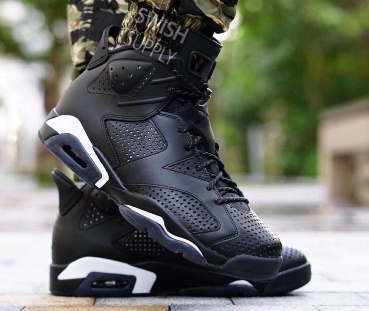 Air Jordan 6 Retro Black Cat | Chaussures air jordan, Sneakers ...